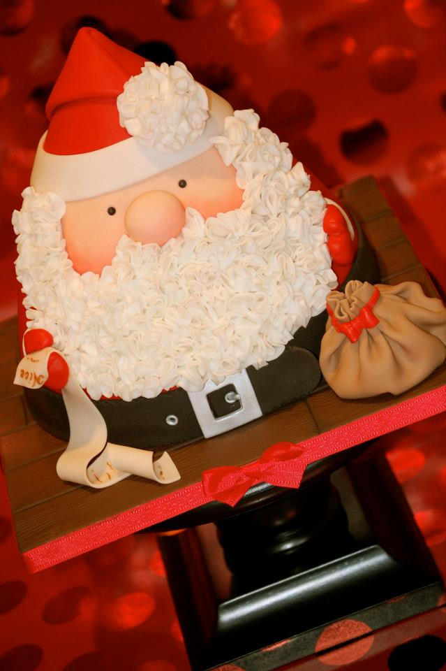 Cake Decorating Father Christmas : Santa Cake Tutorial by
